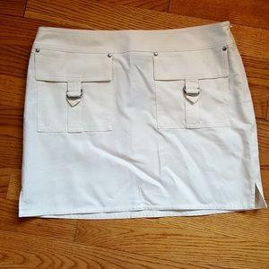 Express Skirt Cream Front Pockets SZ 1/2